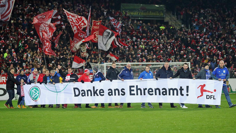 Fussball Sagt In Deutschland Danke Ans Ehrenamt Fanclub